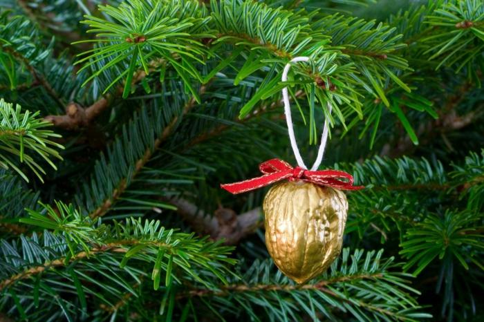Weihnachtsschmuck gruen gold