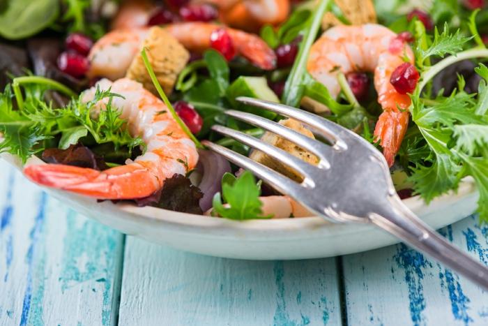 abnehmen ohne zu hungern salat gesund