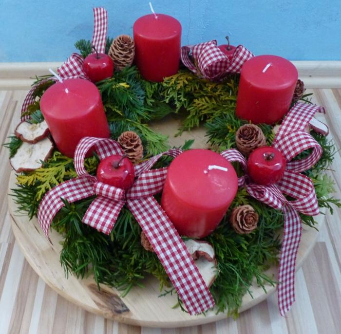 dekoideen weihnachten nuesse rote kerzen