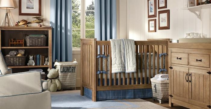 babybetten babyzimmer gestalten teppich offene regale wanddeko