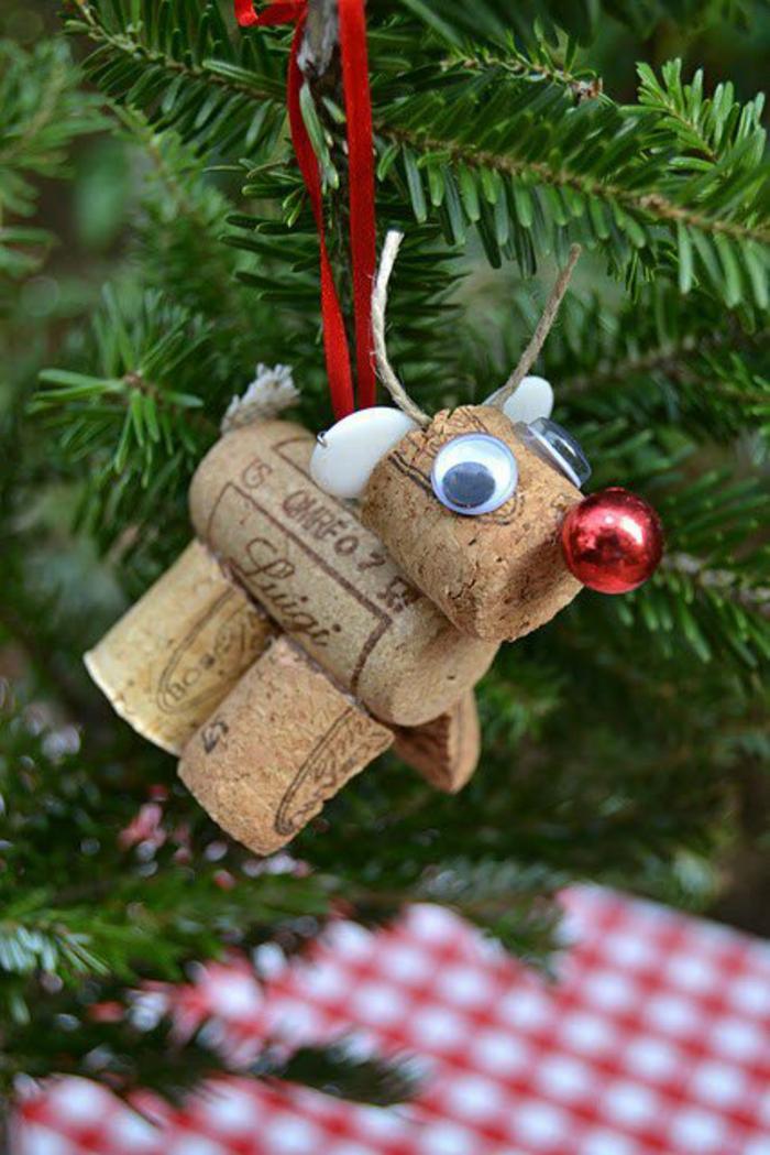 bastelideen weihnachten korkfigur rudolf baumanhänger