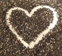Chia Samen: Machen Sie sich mit deren Vorteilen und Nebeneffekten bekannt