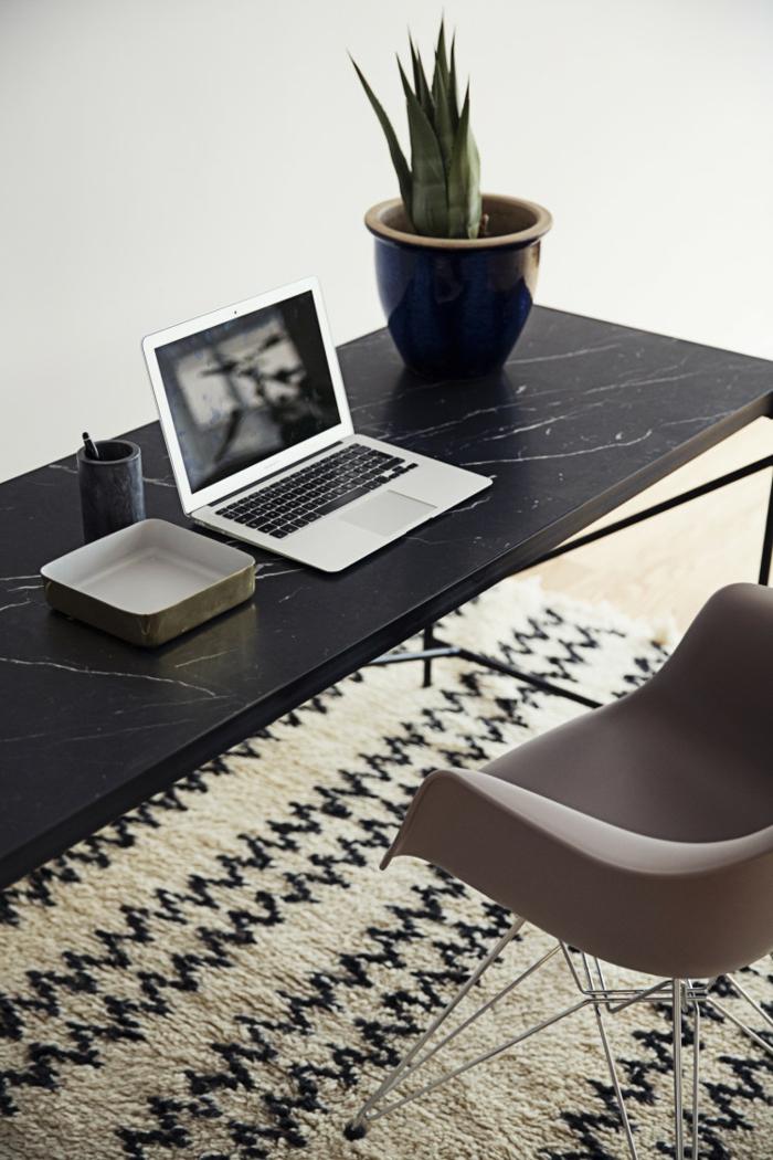dänisches design skandinavische möbel schreibtisch marmor