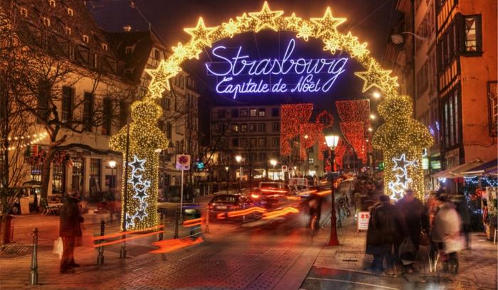 die- schönsten- weihnachtsmärkte-strasburg-eingang