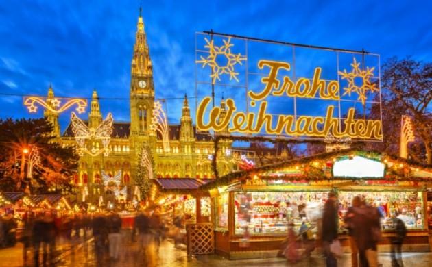 die- schönsten- weihnachtsmärkte-strasburg-marktplatz-vien-weihnachtsschmuck