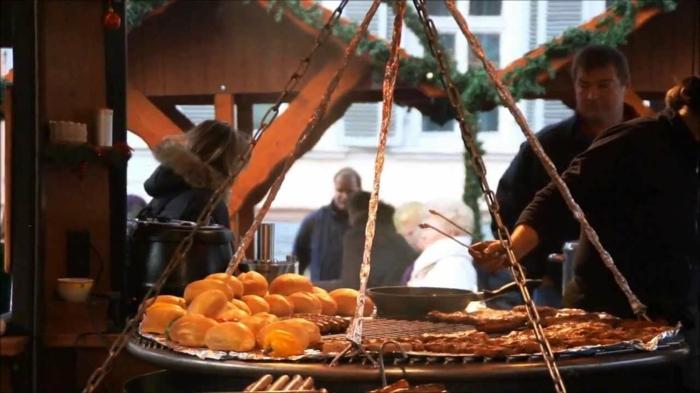 die schönsten weihnachtsmärkte weihnachtsschmuck strassbourg grill mittelalter
