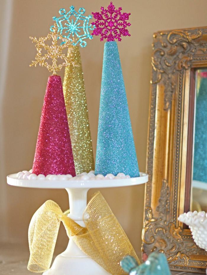 diy-deko-ideen-weihnachten-glitzer-tannenbaum-selber-basteln-papier ...