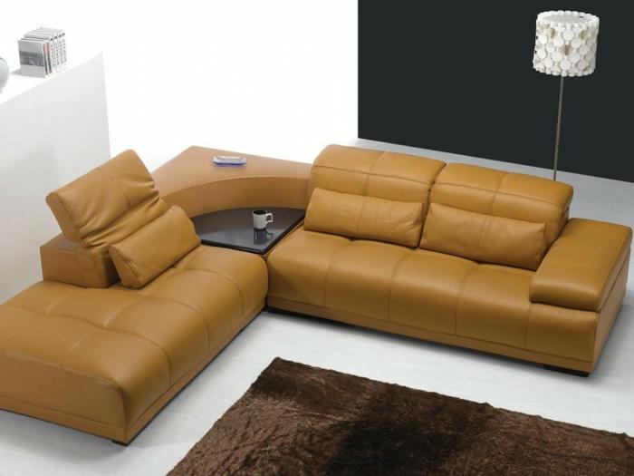eckbank ecksofa gelb leder funktional brauner teppich wohnzimmer gestalten