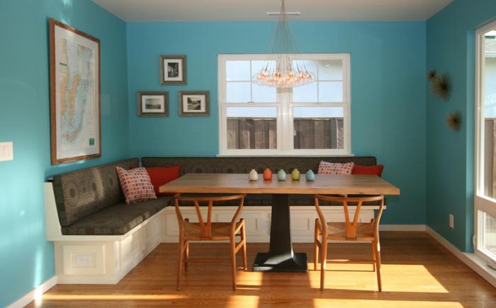 eckbank essbereich gestalten hellblaue wandfarbe