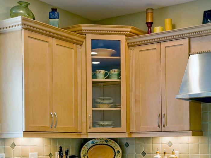 eckschrank küche symetrisch küchenfliesen geschirr küchenideen