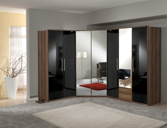 eckschrank und andere eckm bel oder wie man das beste aus den kniffligen stellen macht. Black Bedroom Furniture Sets. Home Design Ideas