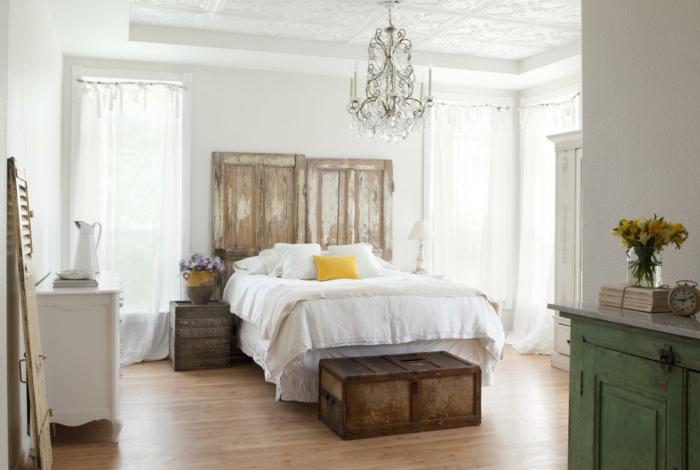 einrichtungsideen schlafzimmer ländliches schlafzimmer gestalten rustikales bettkopfteil