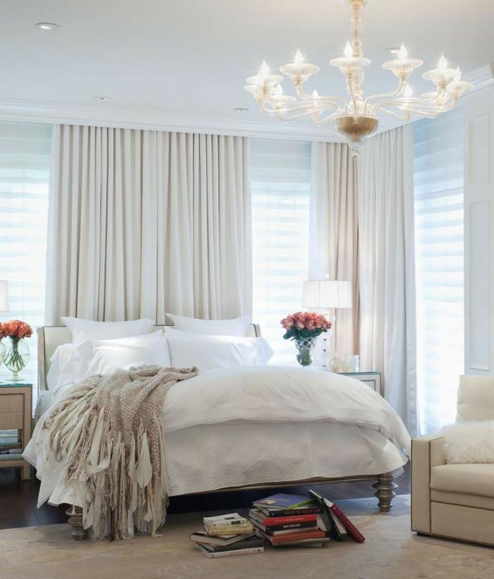 einrichtungsideen schlafzimmer schöner leuchter blumen