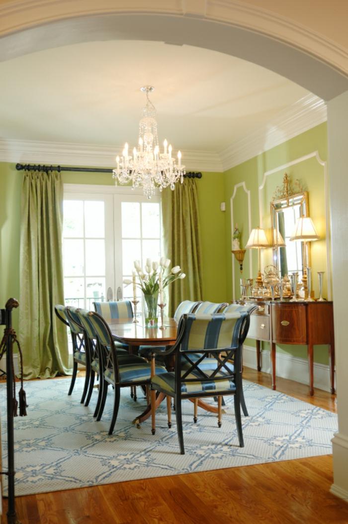 esszimmer einrichten teppich grüne gardinen tulpen tischleuchten