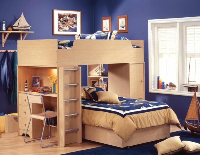 etagenbett kinderzimmer gestalten blauer teppich schreibtisch blaue wandfarbe