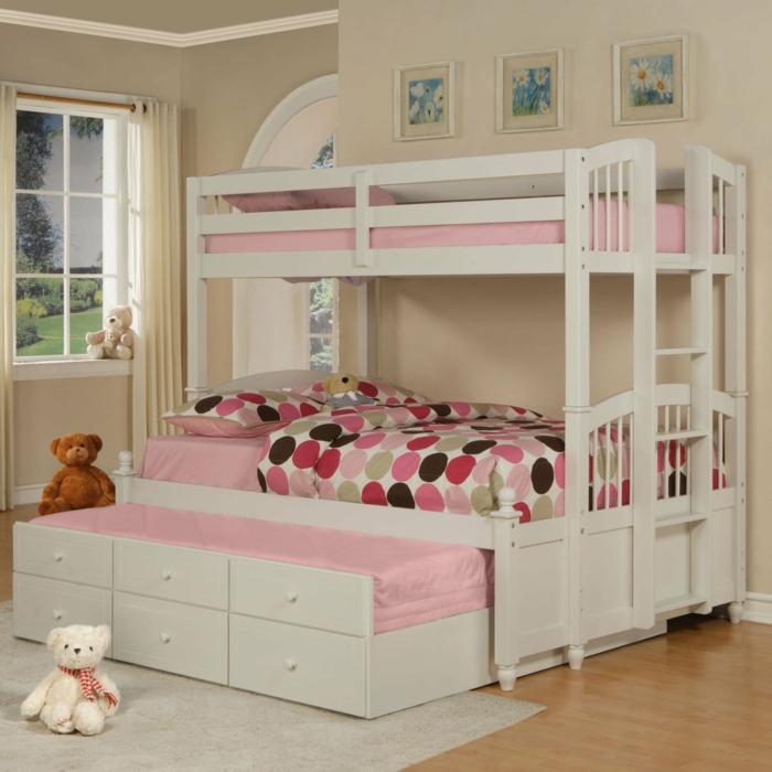 etagenbett kinderzimmer gestalten mädchenzimmer farbige bettwäsche weißer teppich