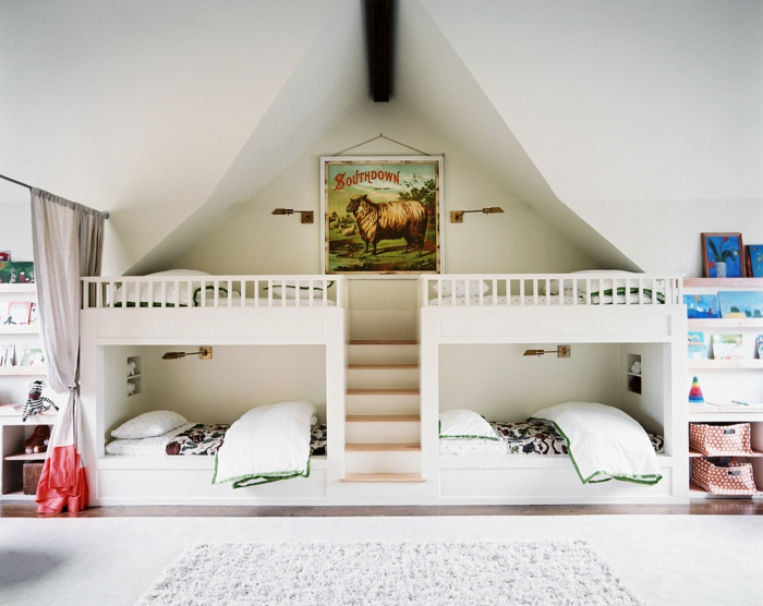 etagenbetten ausgefallenes design kinderzimmer dachschräge