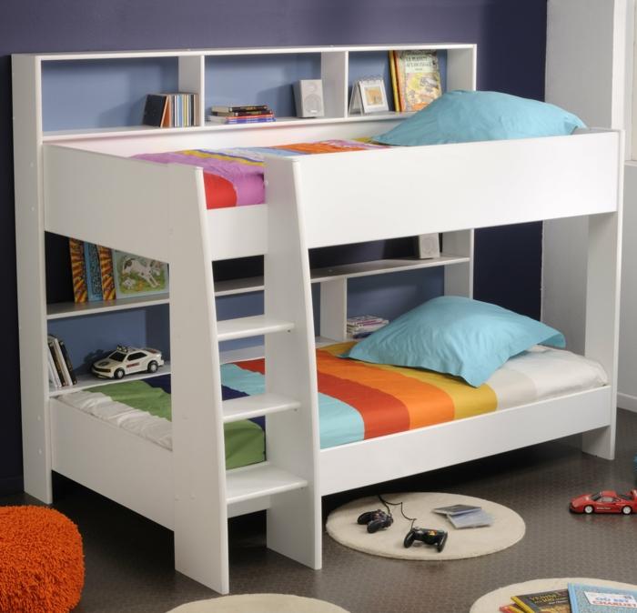 etagenbetten design weiß leiter farbige bettwäsche