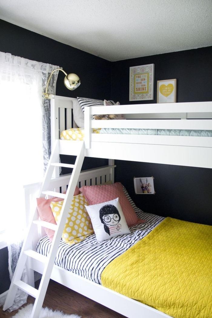 etagenbetten kinderzimmer einrichten ideen schwarze wandfarbe