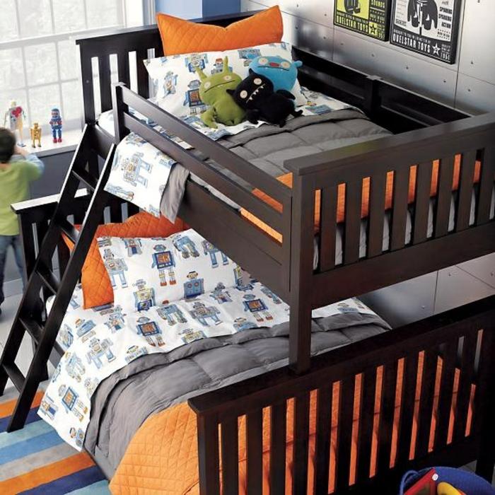 etagenbetten kinderzimmer gestalten jungen streifenteppich