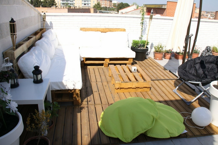 europalette holz paletten terassenmöbel diy ideen sofas terrassengestaltung