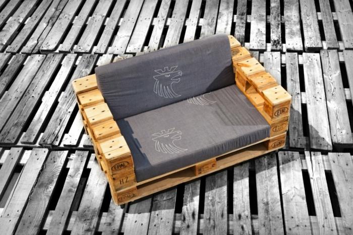 europaletten holz paletten diy möbel sofa selber bauen