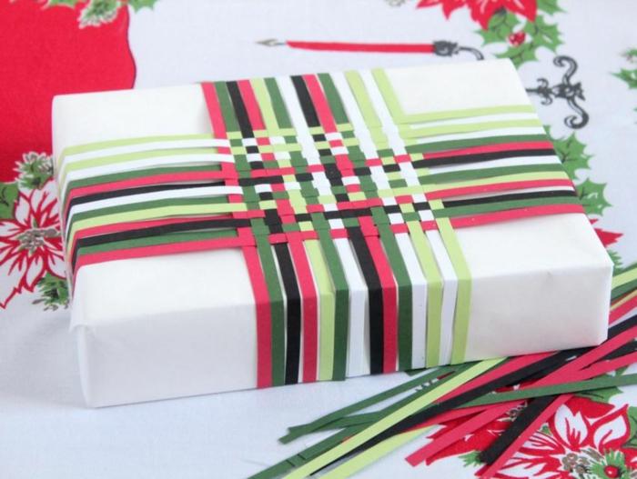 geschenke verpacken geschenk verpacken geschenke schön verpacken geschenk biene braun gruen-farbig