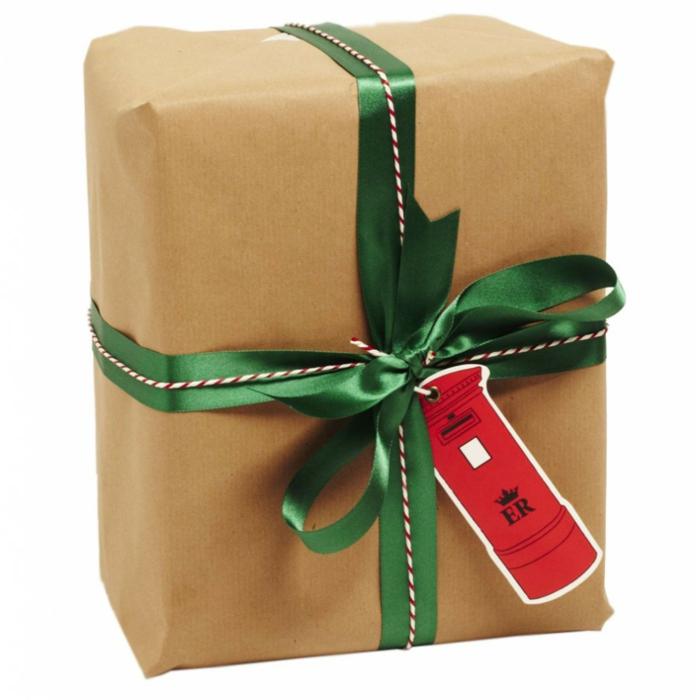 geschenke verpacken geschenk verpacken geschenke schön verpacken geschenk biene braun gruen rot