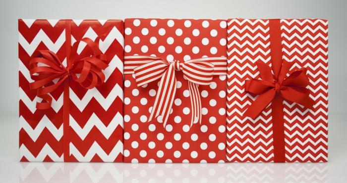geschenke verpacken geschenk verpacken geschenke schön verpacken geschenk rot weiss