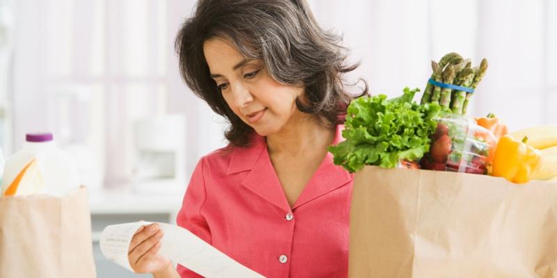 gesunde lebensmittel kaufen frauen Ernährung umstellen