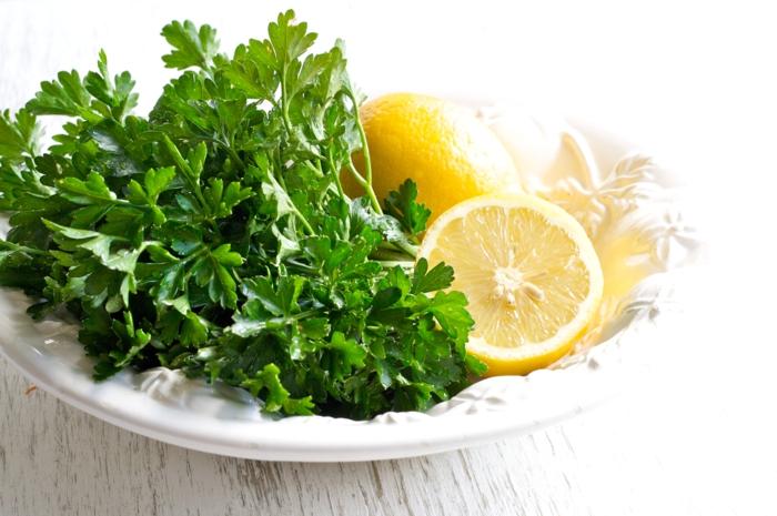 gewürze online gesund frische petersilie zitrone vitamine