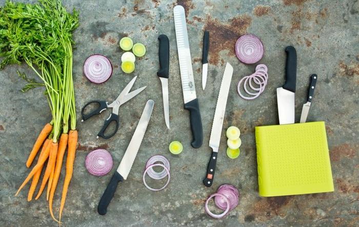 gute-Küchenmesser-und-Küchenutensilien-Messerset-Test