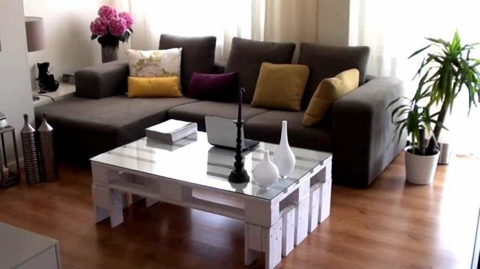 holz paletten möbel diy europalette couchtisch weiß wohnzimmer