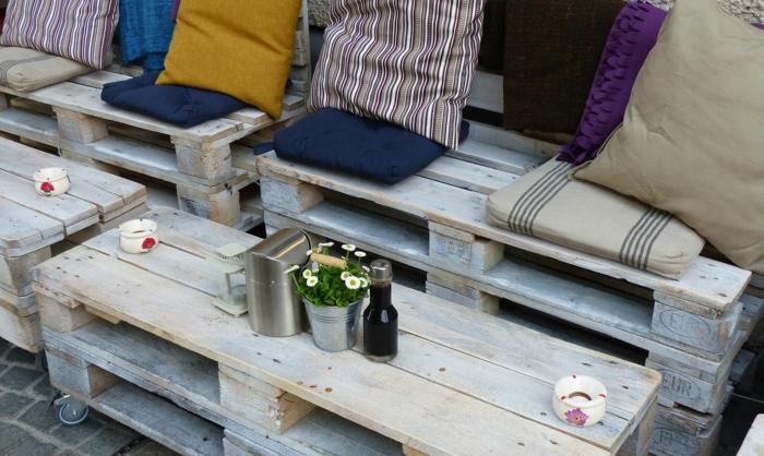 holzpaletten diy möbel balkonmöbel gartenmöbel sofa couchtisch
