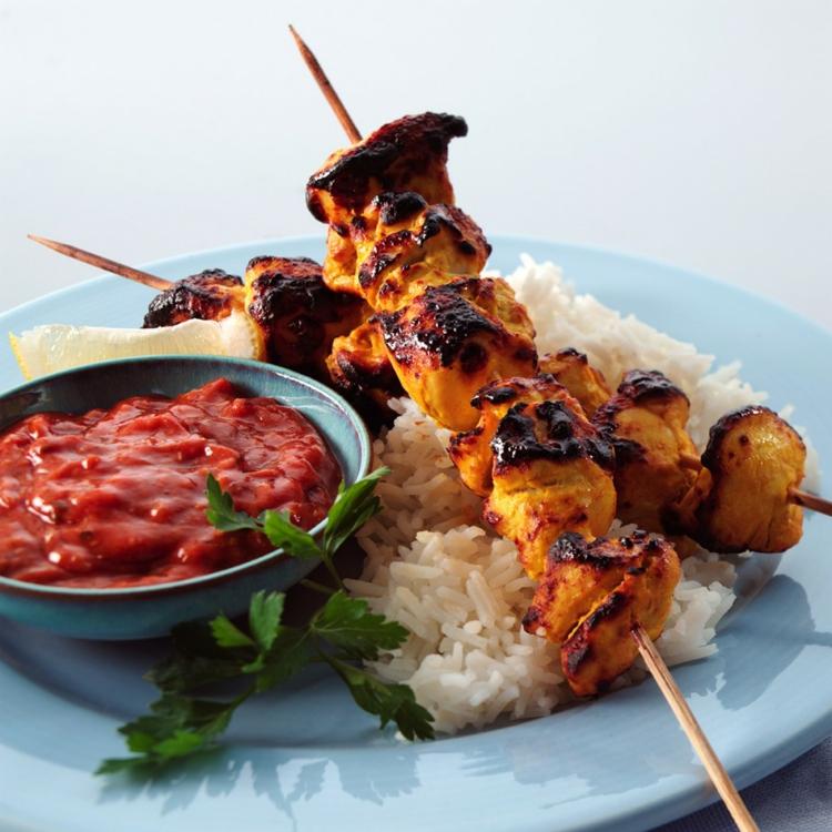 indisches essen mit Fleisch und Reis indischen Gewürze