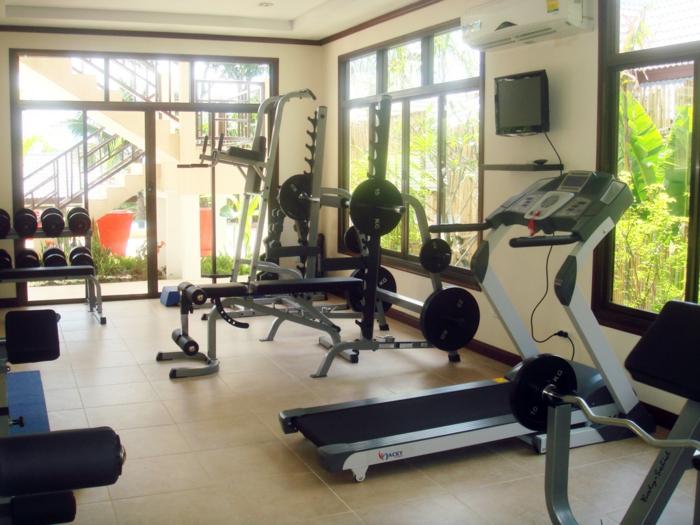 innendesign fitnessraum schöne aussicht gesundes leben