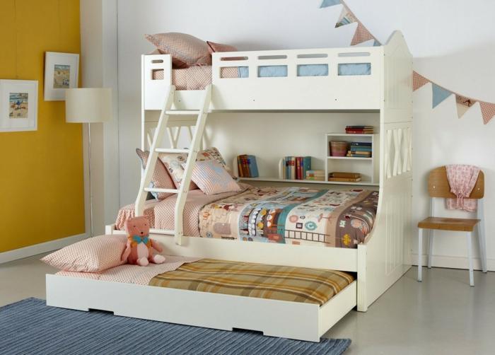 kinder etagenbett zusätzliches bett blauer teppich