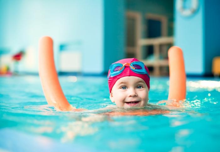 kindersport kleinkinder schwimmen eltern lifestyle