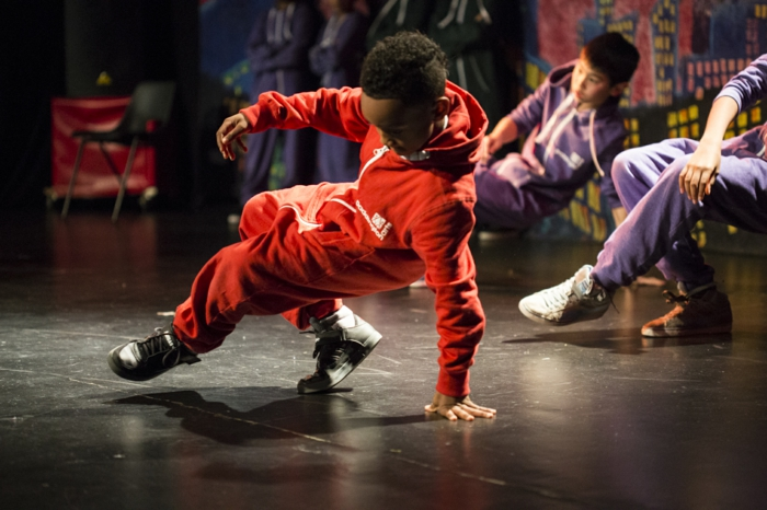 kindersport sportarten tanzen jungen lifestyle