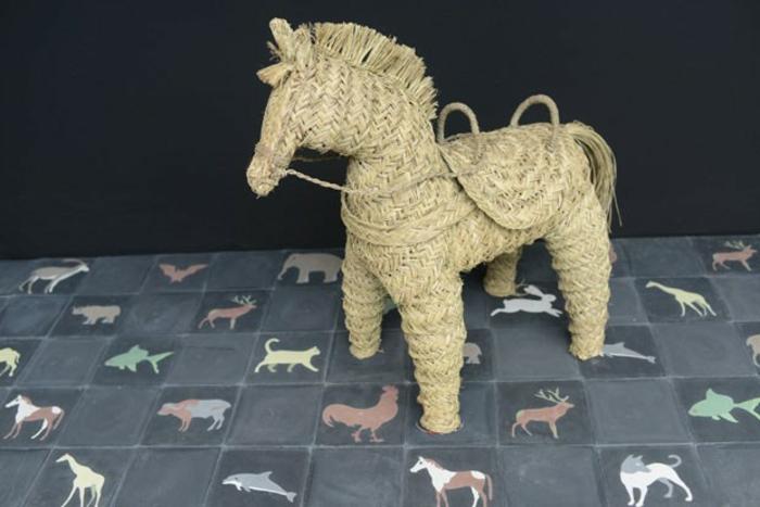 kinderzimmer einrichten Agnès Emery dekorieren pony