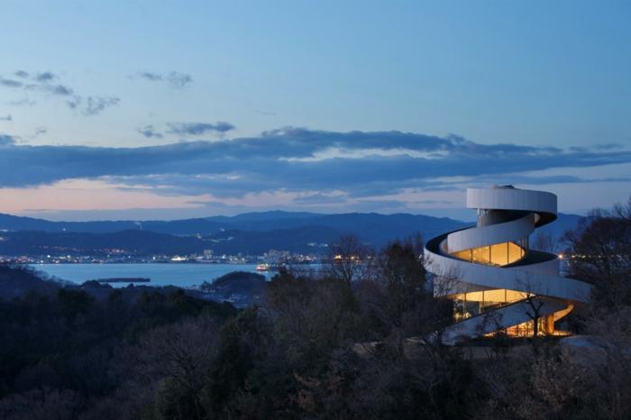 kirchliche trauung chapel hiroshi nakamura japan architektur nachts