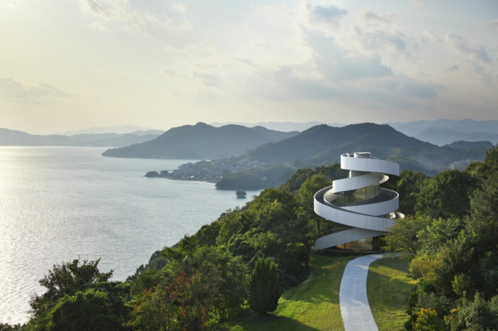 kirchliche trauung ribbon chapel hiroshi nakamura japan architektur schleife