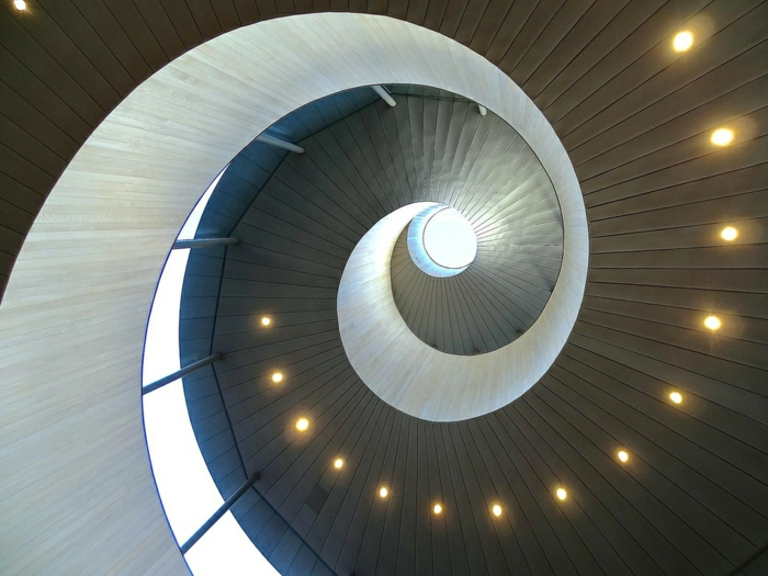 kirchliche trauung ribbon chapel hiroshi nakamura japan architektur spirale