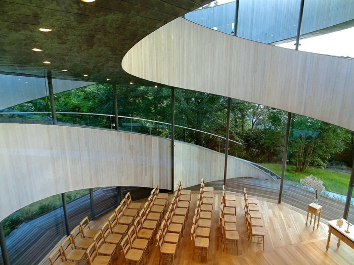kirchliche trauung ribbon chapel hiroshi nakamura japan architektur von innen