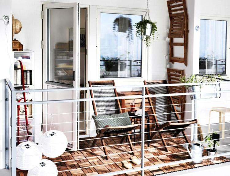 kleine Balkone gestalten Balkonmöbel Holz