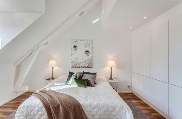 schlafzimmer einrichten weiße wände kleiderschrank eingebaut