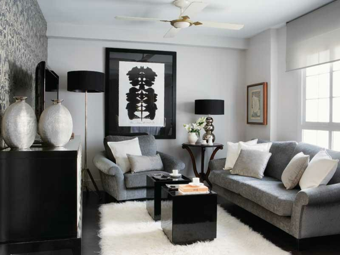 Kleines Wohnzimmer Einrichten Graue Nuancen Samt Fellteppich Weiss