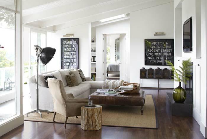 kleines wohnzimmer einrichten beistelltisch naturholz holzklotz