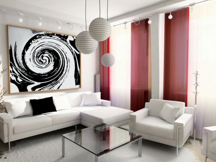 kleines wohnzimmer einrichten weiße couch sessel runde hängeleuchten wandkunst