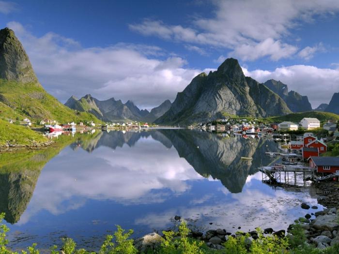norwegen fjorde lofoten fruehling